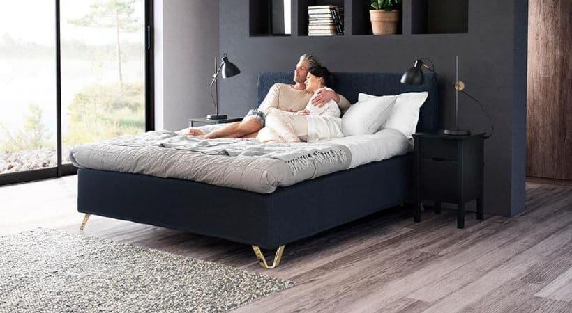 Jensen - 140x200 seng med softline topmadras