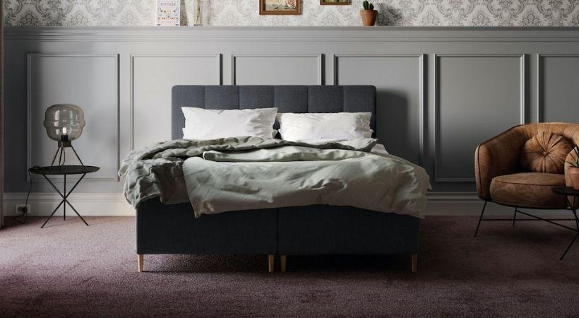 Venus Motion - Lækker grå 180x200 seng med ben