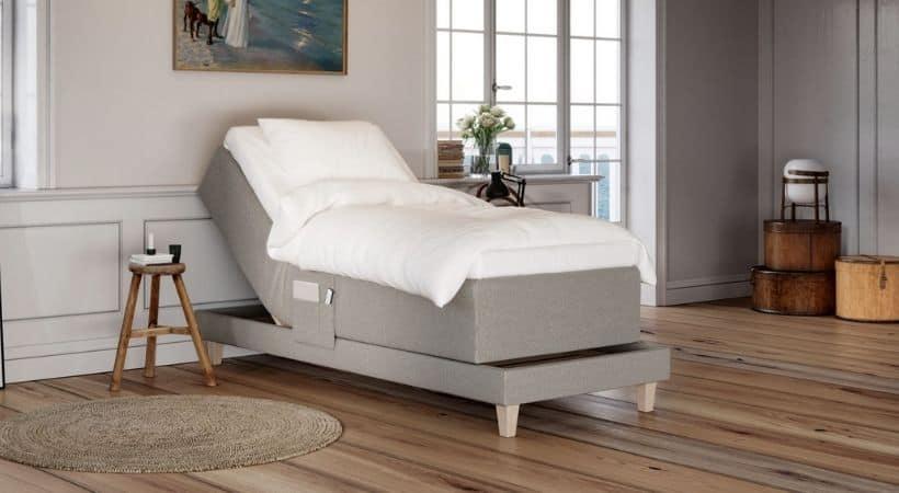 Aura - Komfortabel 90x200 boxseng med elevation